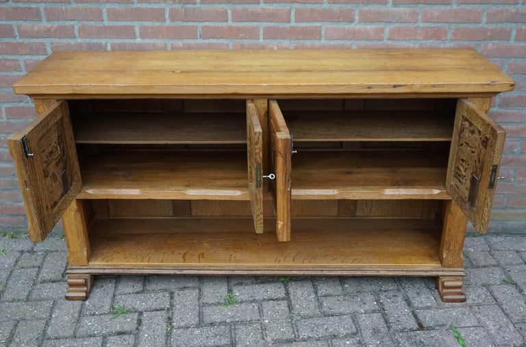 Antique Gothic Revival Solid Oak Sideboard / Sidetable / 1920s 4-Door Credenza For Sale 8