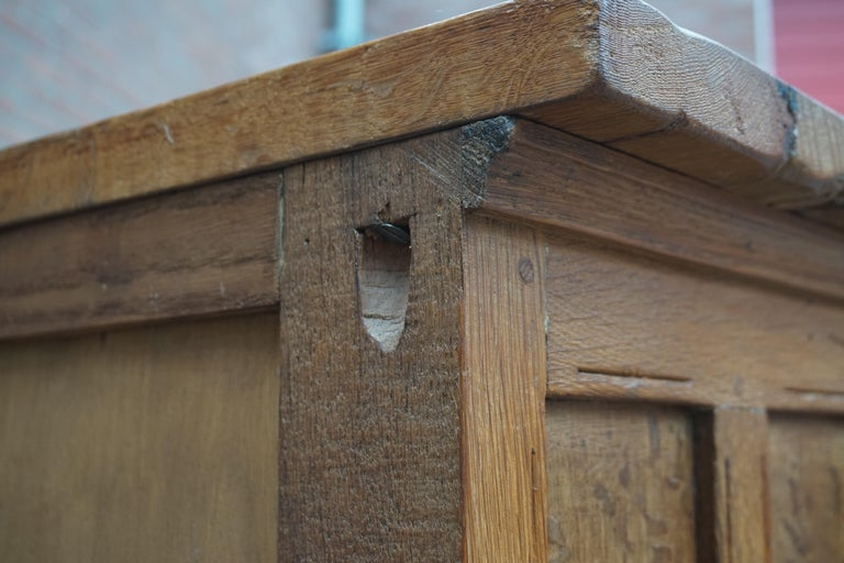 Antique Gothic Revival Solid Oak Sideboard / Sidetable / 1920s 4-Door Credenza For Sale 10