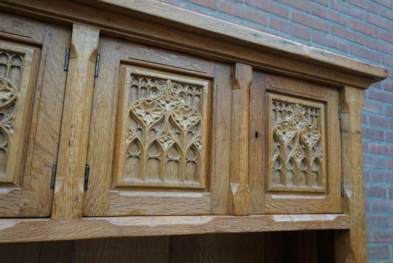 Antique Gothic Revival Solid Oak Sideboard / Sidetable / 1920s 4-Door Credenza For Sale 2