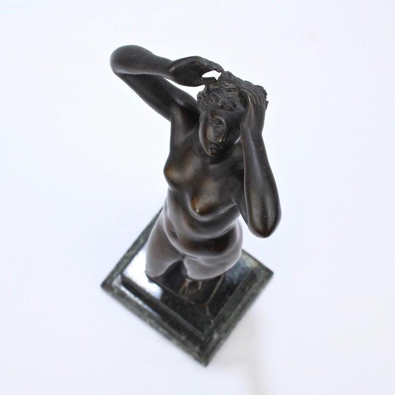 Antique Grand Tour Bronze Sculpture of a Venus For Sale 9