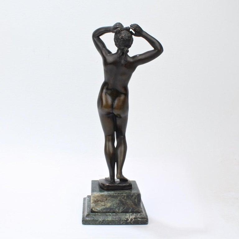 Antique Grand Tour Bronze Sculpture of a Venus For Sale 1