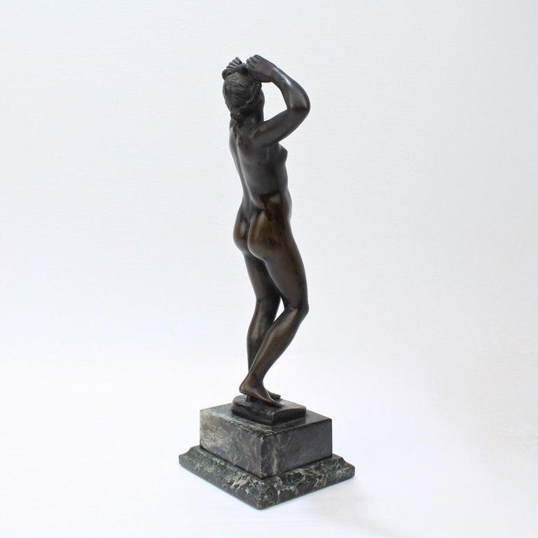 Antique Grand Tour Bronze Sculpture of a Venus For Sale 2