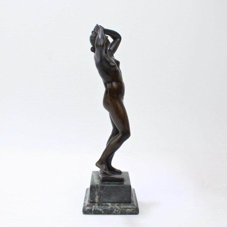 Antique Grand Tour Bronze Sculpture of a Venus For Sale 3