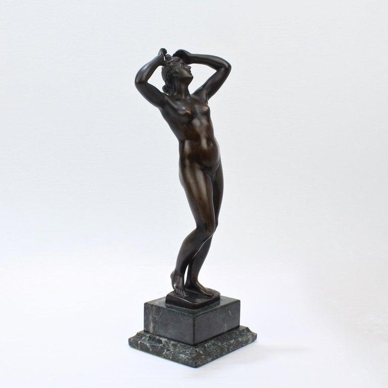Antique Grand Tour Bronze Sculpture of a Venus For Sale 4