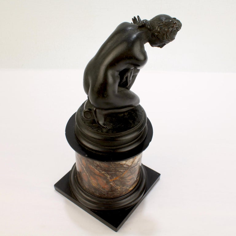Antique Grand Tour Bronze Sculpture of the Crouching Venus after Giambologna For Sale 4