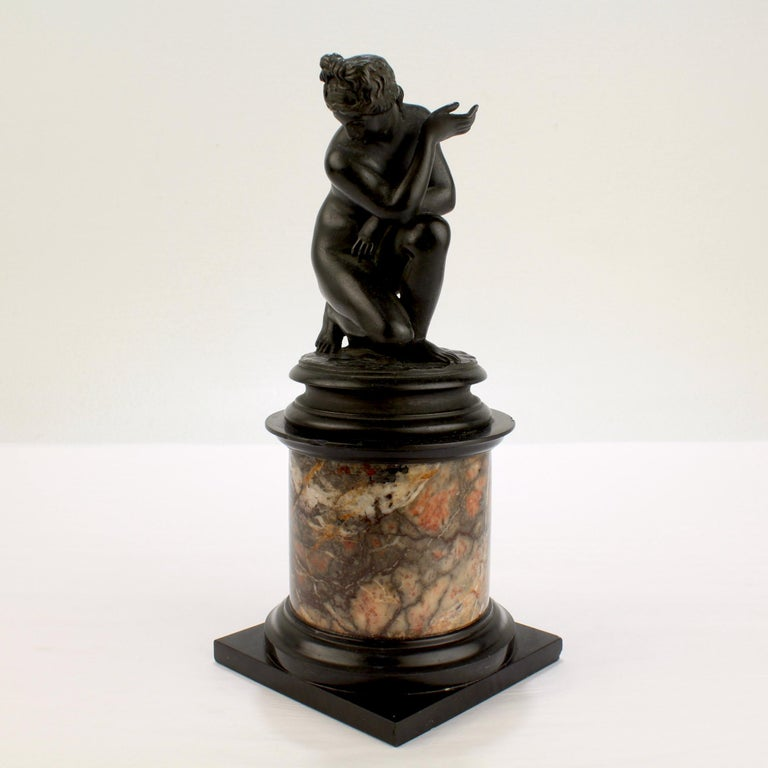 Antique Grand Tour Bronze Sculpture of the Crouching Venus after Giambologna For Sale 3