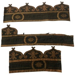 Antique Green and Gold Embroidered Decorative Trim