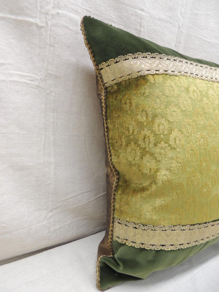 Regency Antique Green and Gold Gaufrage Silk Velvet Square Decorative Pillow For Sale