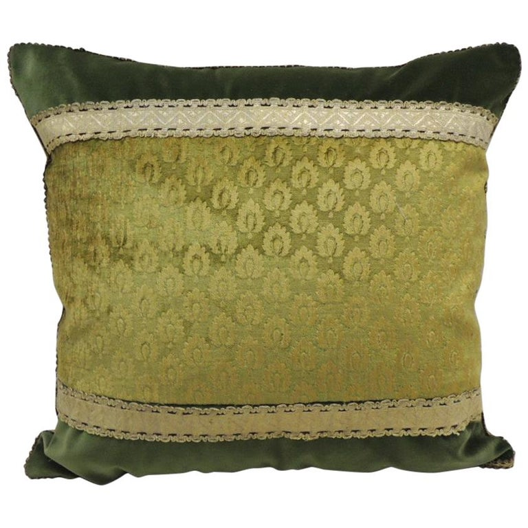 Antique Green and Gold Gaufrage Silk Velvet Square Decorative Pillow For Sale
