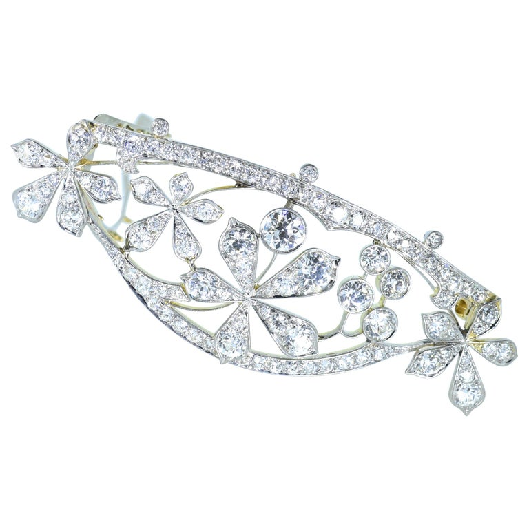 Antique Hair Barrette in Platinum and Diamonds, circa 1895 by Kirkpatrick For Sale
