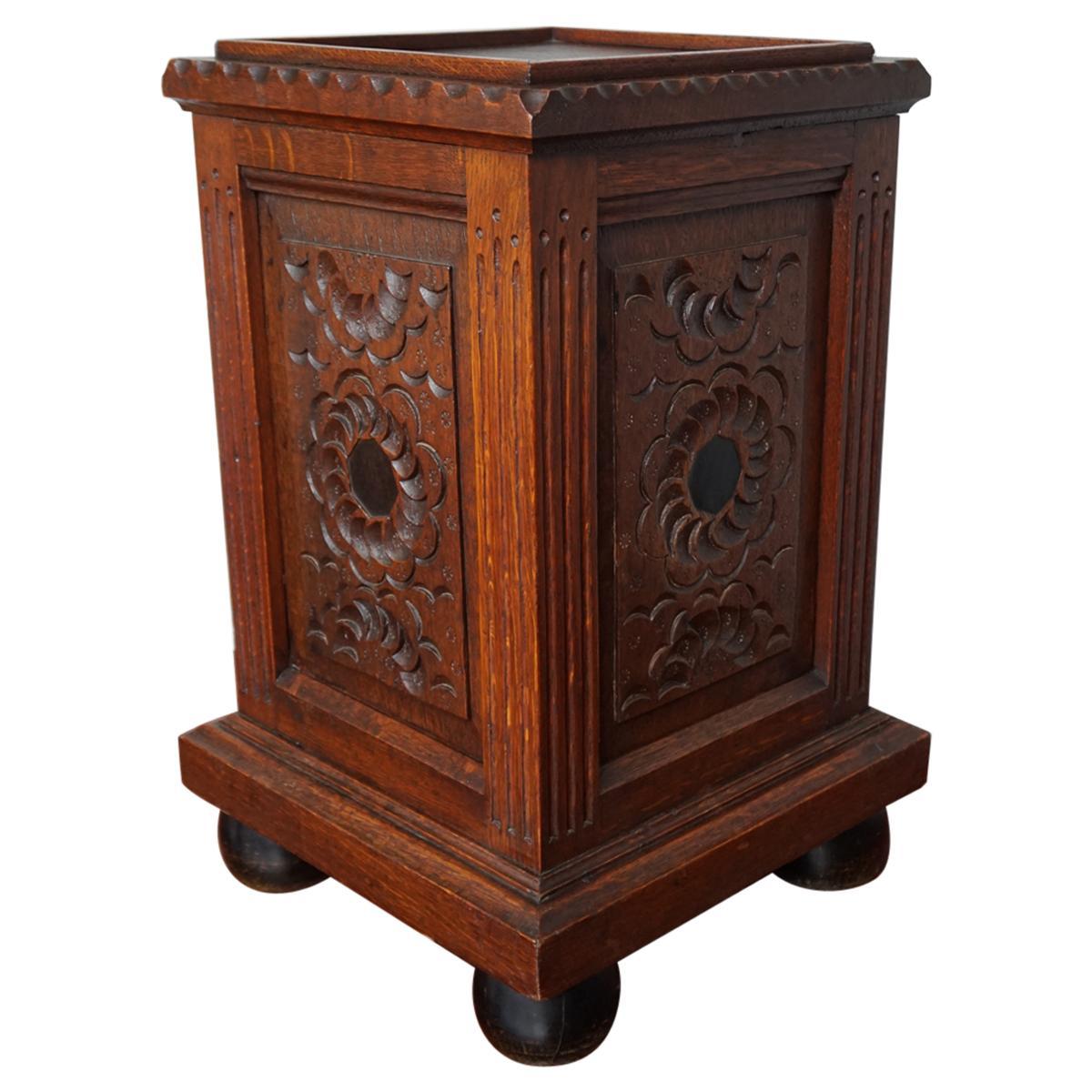 Antique Hand Carved & Inlaid Renaissance Revival Solid Oak Floor Pedestal Stand
