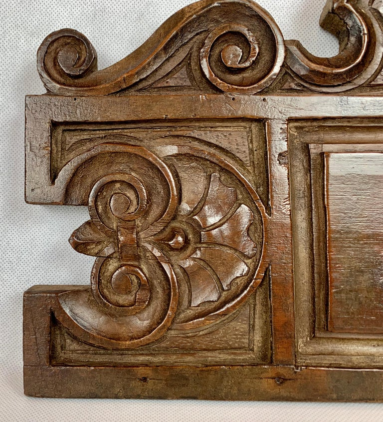 Hand-Crafted  Antique American Hand Carved Walnut Panel, 19th century For Sale