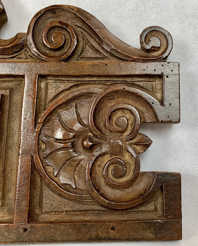 Antique American Hand Carved Walnut Panel, 19th century In Good Condition For Sale In West Palm Beach, FL