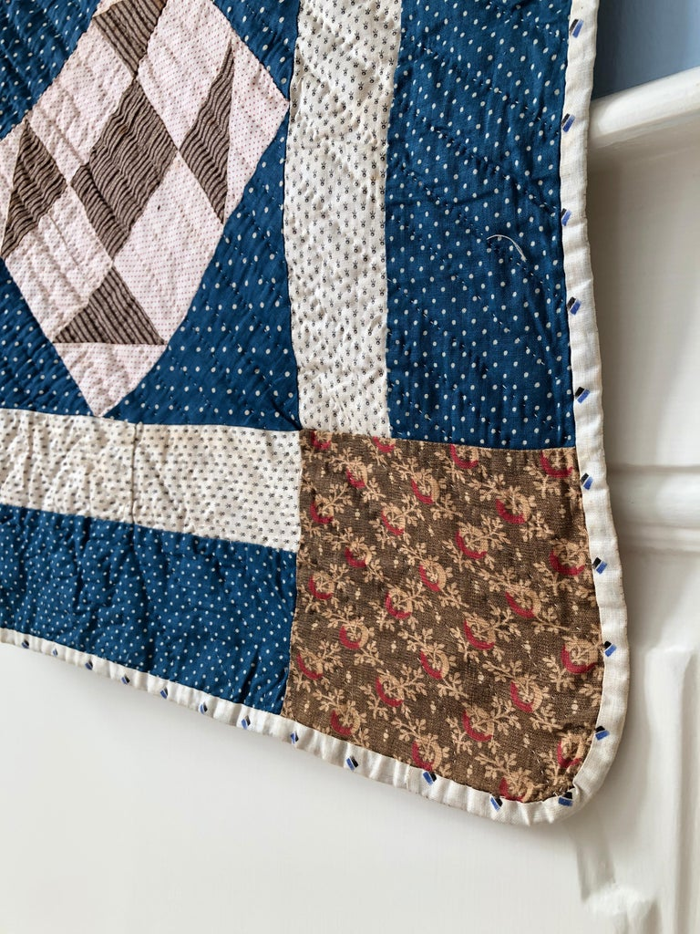 Hand-Crafted Antique Handmade Patchwork Quilt in Blue, White and Pink, USA, 1880s For Sale