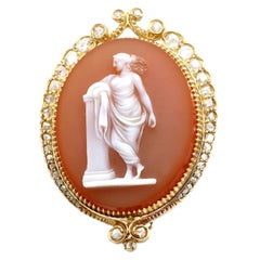 Antique Hardstone and Diamond Yellow Gold Cameo Brooch