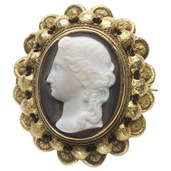 Antique Hardstone Cameo Gold Brooch