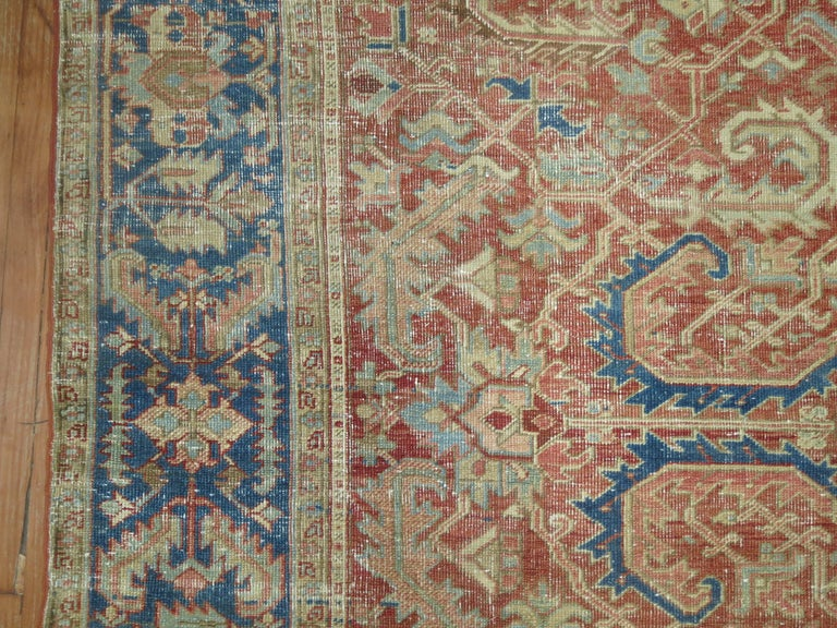 Antique Heriz Rug In Good Condition For Sale In New York, NY