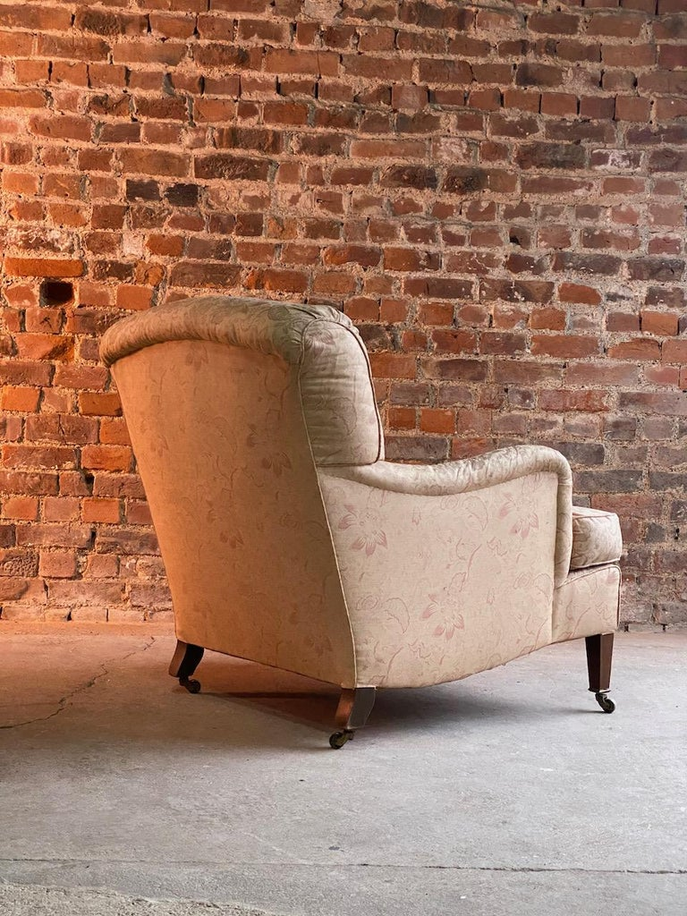 Late 19th Century Antique Howard & Sons 'Bridgewater' Armchairs 19th Century, circa 1890 For Sale