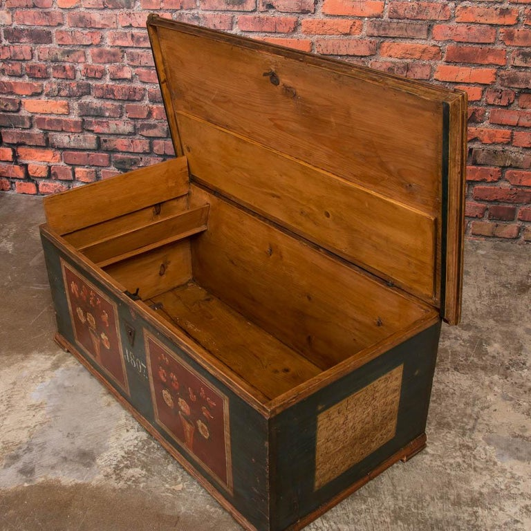 Antique Hungarian Trunk with Original Folk Art Paint In Good Condition For Sale In Denver, CO