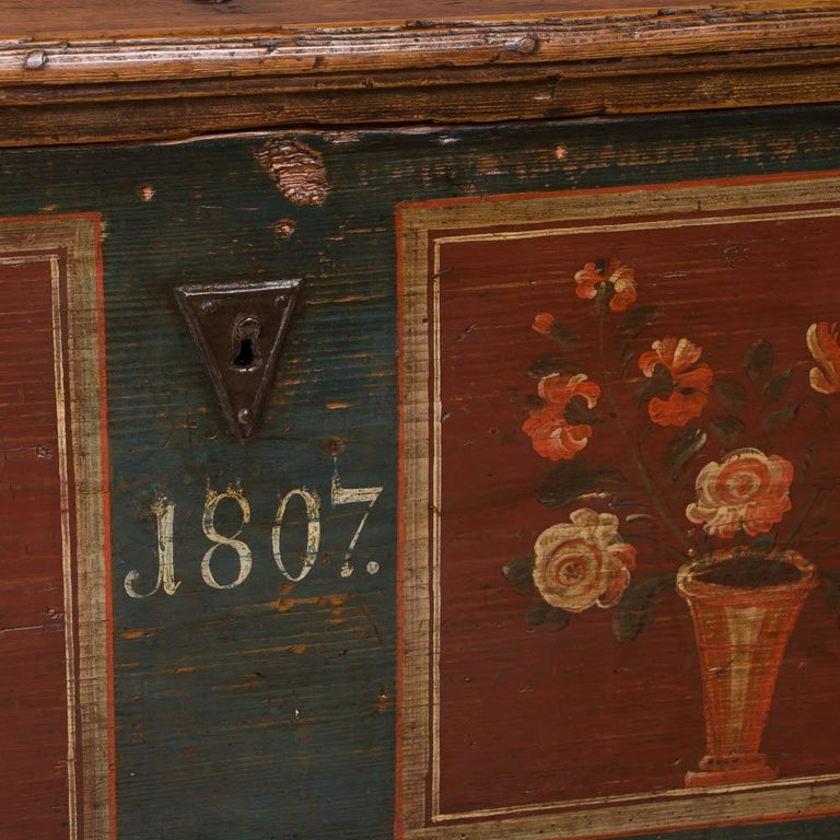 Antique Hungarian Trunk with Original Folk Art Paint For Sale 2