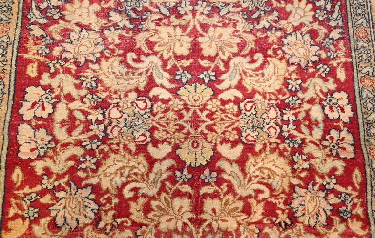 Hand-Knotted Antique Indian Agra Carpet. Size: 5 ft x 7 ft 7 in (1.52 m x 2.31 m) For Sale