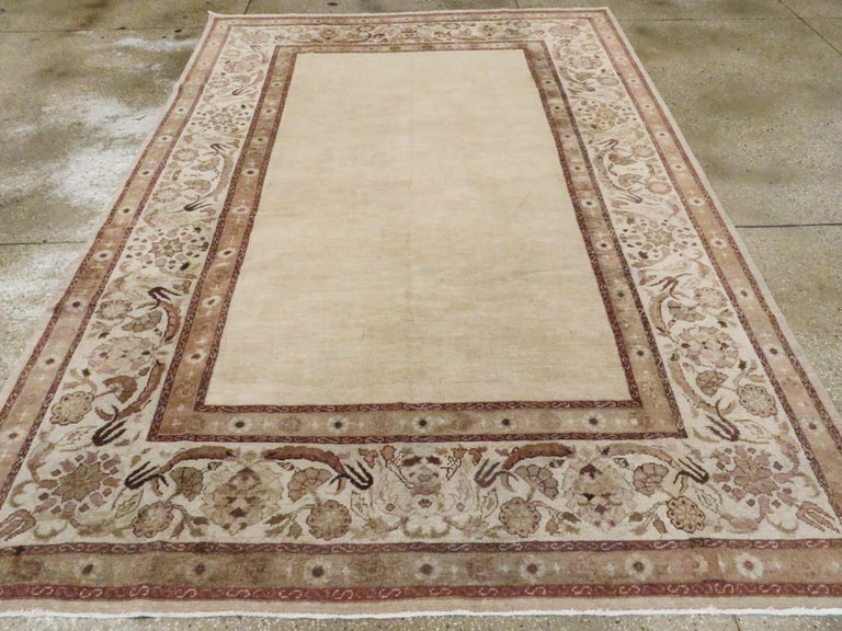 Antique Indian Agra Carpet In Good Condition For Sale In New York, NY