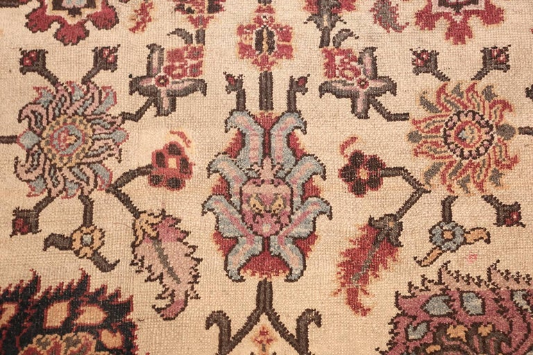 20th Century Antique Indian Agra Rug. Size: 11 ft 5 in x 11 ft 5 in (3.48 m x 3.48 m) For Sale