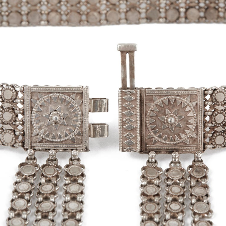 Antique Indian Ornate Silver Metal Belt, 19th-20th Century In Good Condition For Sale In Bishop's Stortford, Hertfordshire