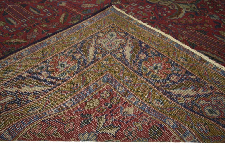 Antique Indian Rug with Traditional Victorian Style and Mughal Design In Good Condition For Sale In Dallas, TX
