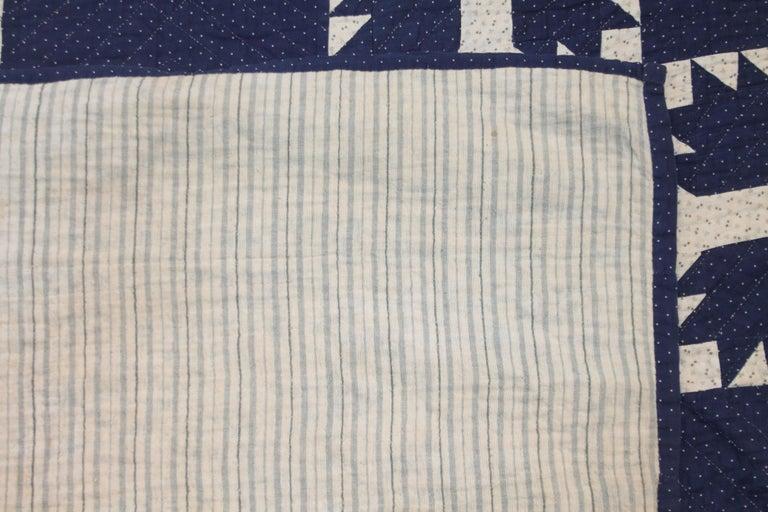 Adirondack Antique Indigo Blue Quilt in Bear Paw Pattern For Sale