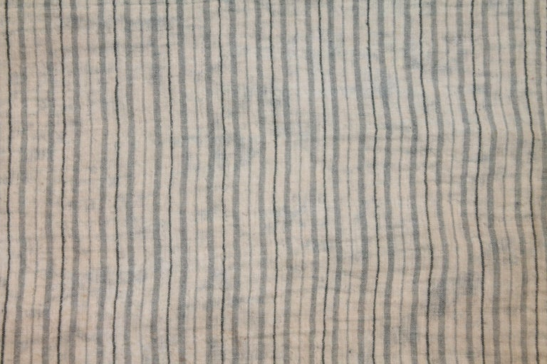 American Antique Indigo Blue Quilt in Bear Paw Pattern For Sale