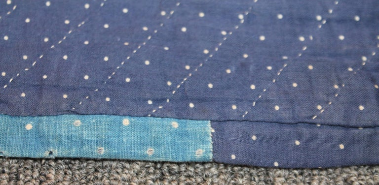 Antique Indigo Blue Quilt in Bear Paw Pattern For Sale 1