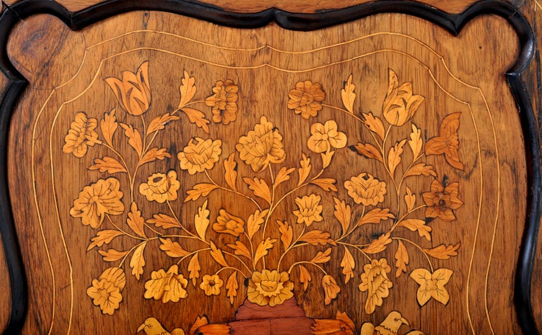 Antique Inlaid Marquetry Dutch Two-Piece Corner Cabinet, circa 1830 For Sale 4