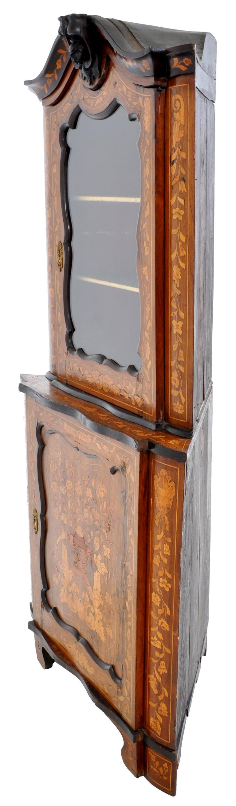 Antique Inlaid Marquetry Dutch Two-Piece Corner Cabinet, circa 1830 For Sale 7