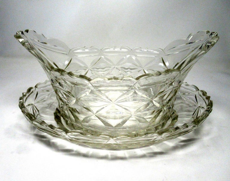Antique Irish Tipperary Waterford Glass Cut Crystal Bowl Georgian Centerpiece In Good Condition For Sale In Dublin, Ireland