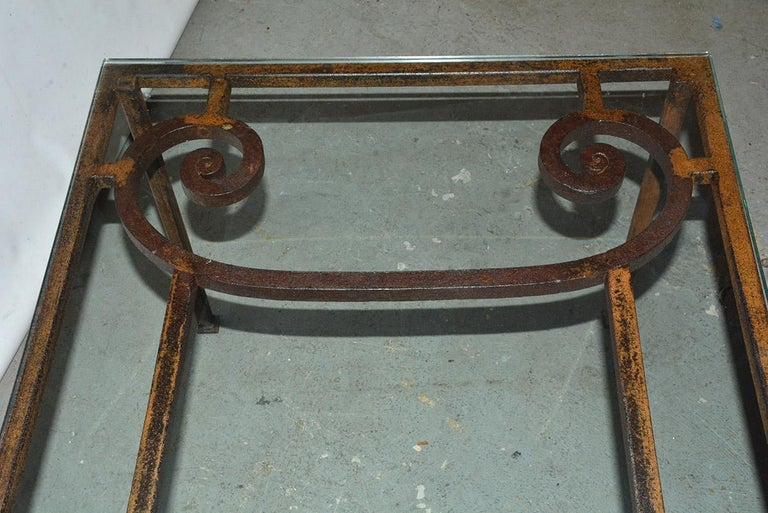 Antique Iron Garden Gate Coffee Table In Good Condition For Sale In Great Barrington, MA