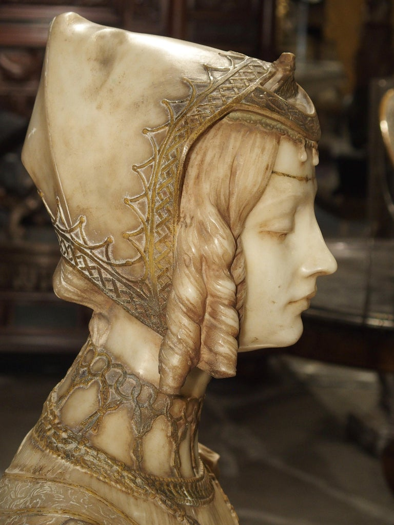 Antique Italian Alabaster Bust of the Grand Princess of Tuscany, circa 1890 12