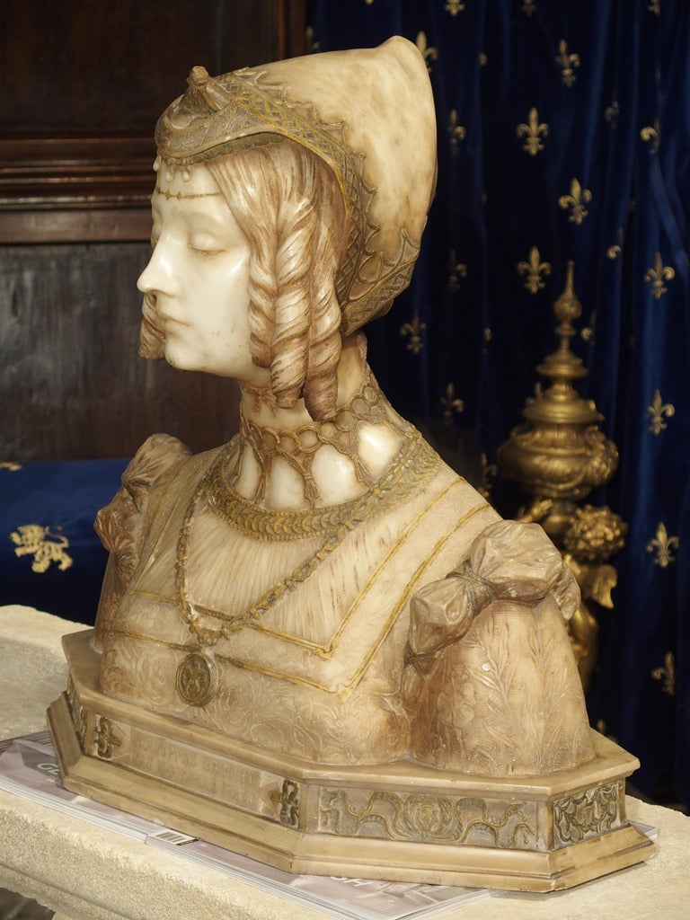 Antique Italian Alabaster Bust of the Grand Princess of Tuscany, circa 1890 In Good Condition In Dallas, TX