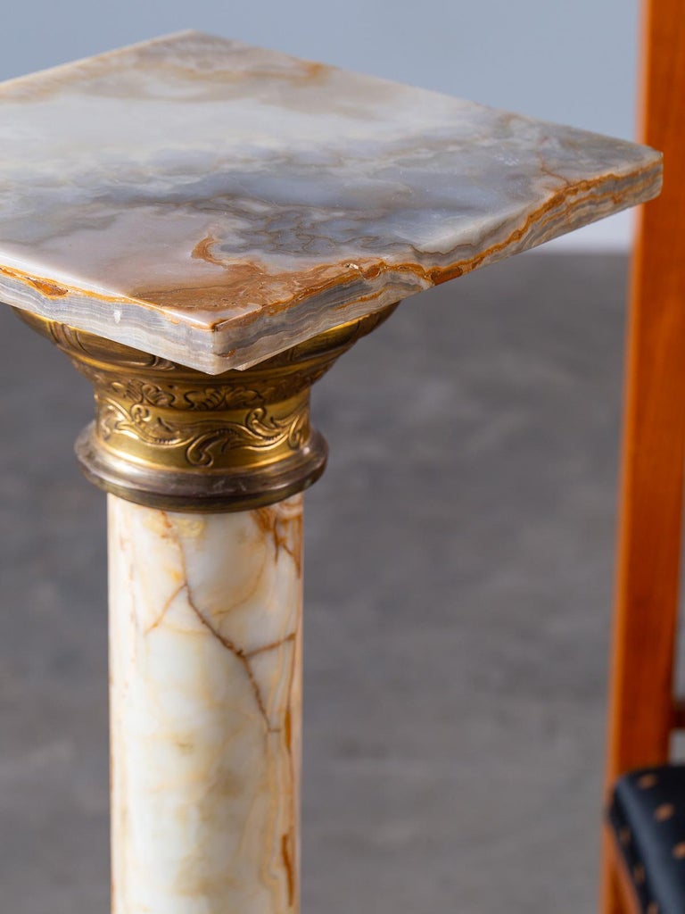 Antique Italian Alabaster Pedestal with Gilt Bronze Mounts, circa 1890 For Sale 8