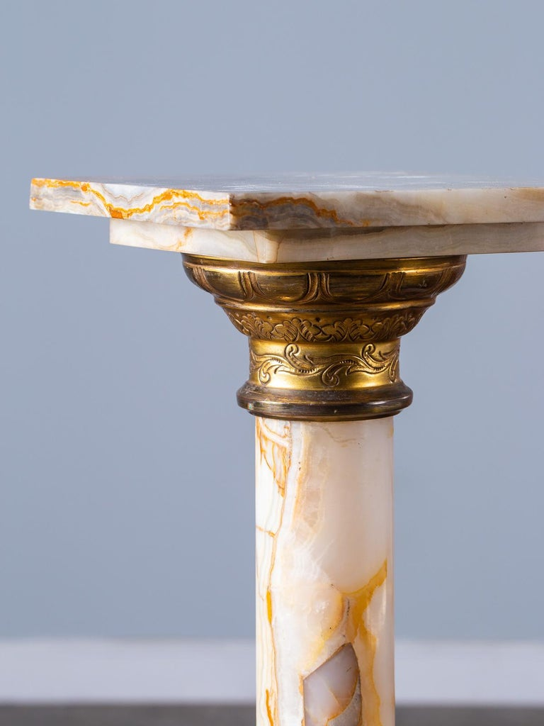 Antique Italian Alabaster Pedestal with Gilt Bronze Mounts, circa 1890 For Sale 4
