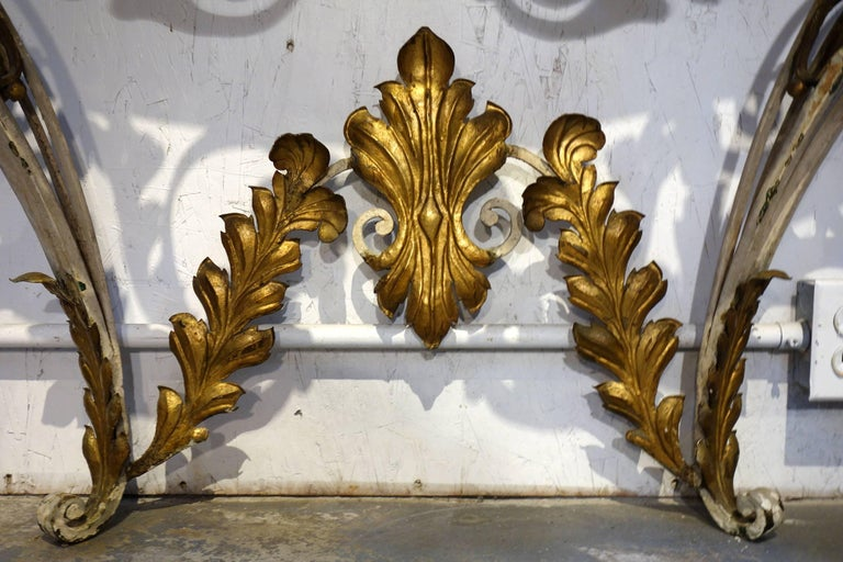 Antique Italian Baroque Iron Painted and Gilded Console Table with White Marble In Good Condition For Sale In Encinitas, CA