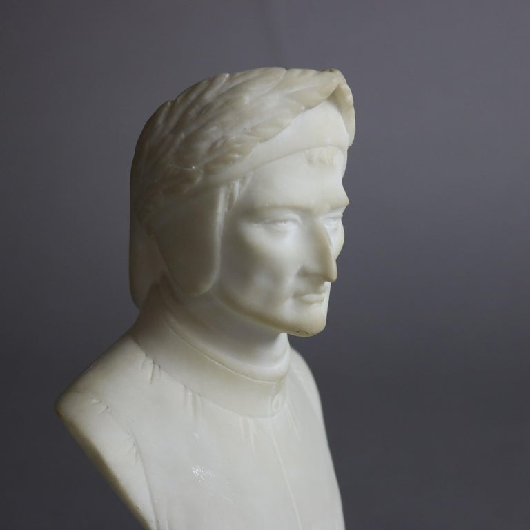 Antique Italian Carved Marble Bust Sculpture of Dante Alighieri, C 1890 In Good Condition For Sale In Big Flats, NY