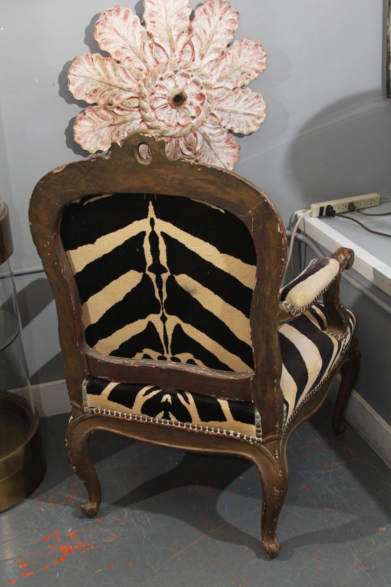 Antique Italian Chair in Zebra Cotton Velvet For Sale 5