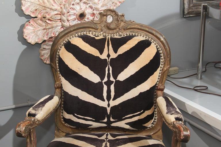 19th Century Antique Italian Chair in Zebra Cotton Velvet For Sale