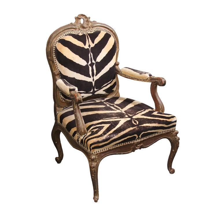 Antique Italian Chair in Zebra Cotton Velvet For Sale