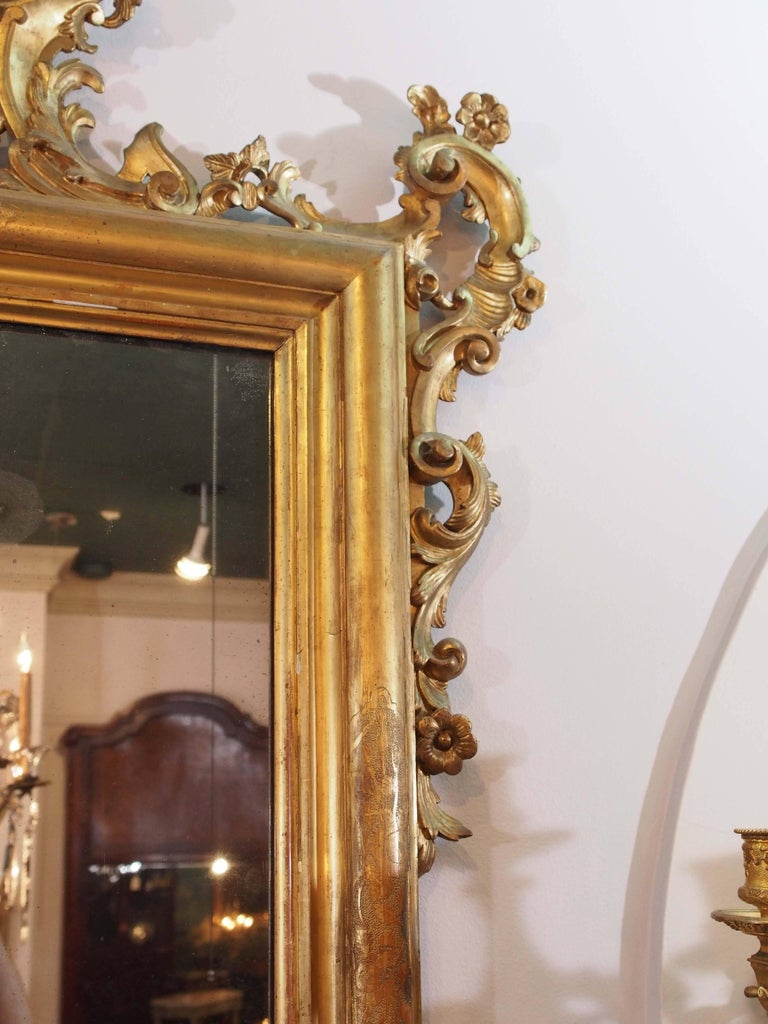 Antique Italian Giltwood Mirror In Good Condition For Sale In New Orleans, LA