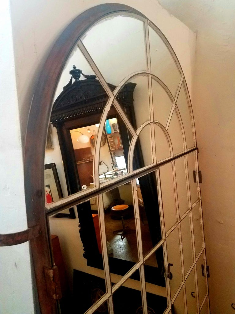 Antique Italian Large Mirror In Distressed Condition For Sale In Los Angeles, CA