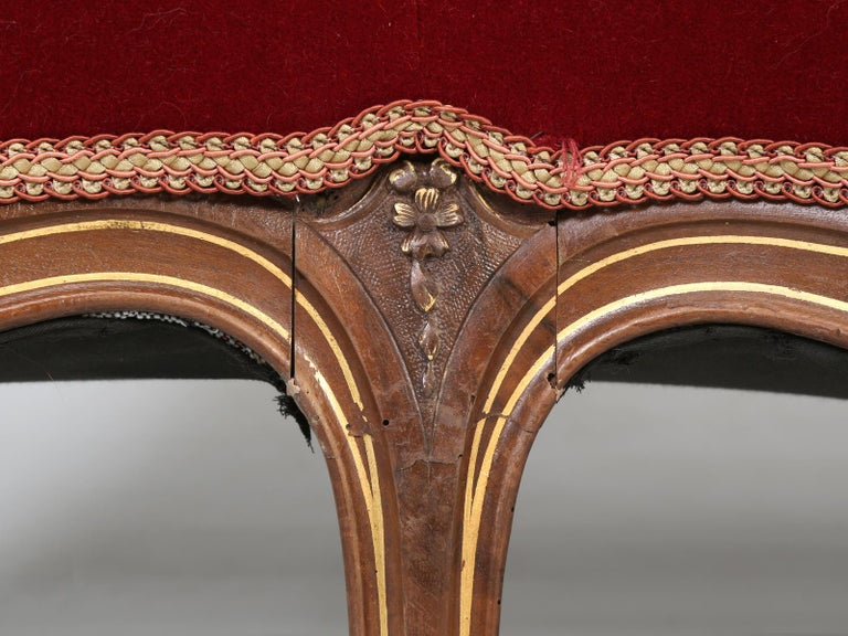 Antique Italian Louis XV Style Settee Covered in Mohair For Sale 8