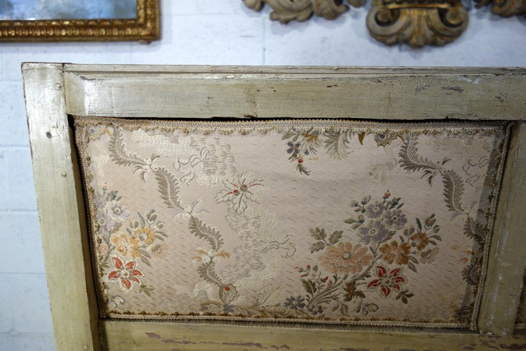 19th Century Italian Louis XVI Style Painted and Gold Gilt Bench Settee Ca 1820 For Sale 15