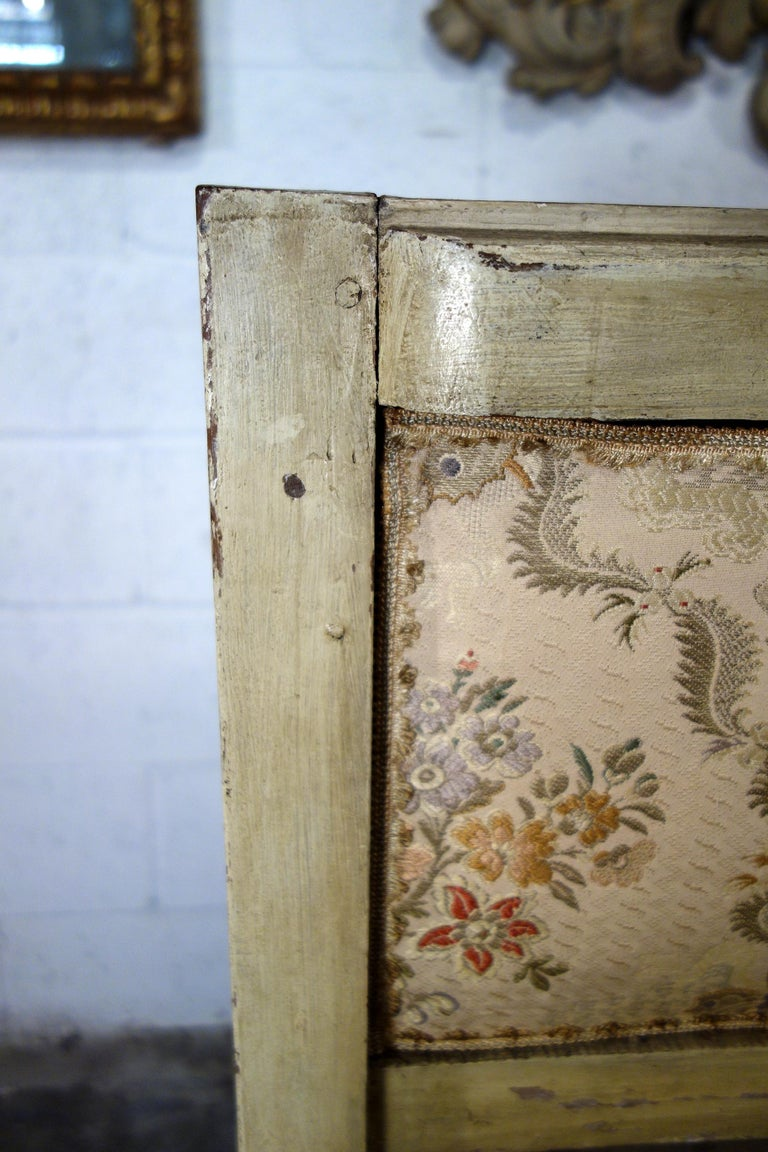 19th Century Italian Louis XVI Style Painted and Gold Gilt Bench Settee Ca 1820 For Sale 16